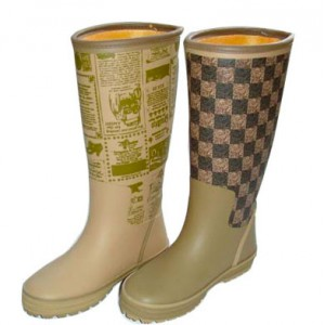 Fashion rubber boots (with full rubber upper)